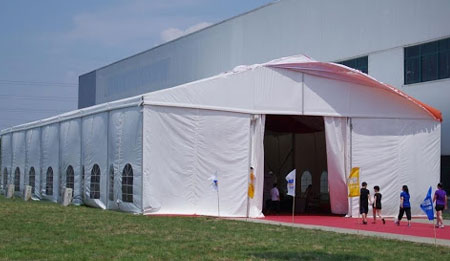 event tent suppliers in uae