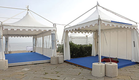 gazebo tents for family gathering